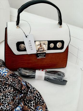 Елегантна сумка Guess