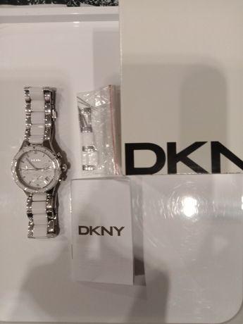 DKNY zegarek