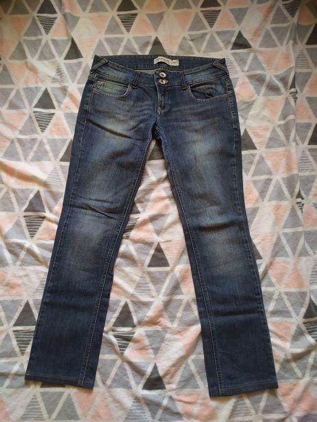 Damskie spodnie M 38 dżinsy jesnsy dżinsowe jeansowe