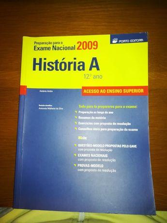 Livro de preparação para o Exame Nacional 2009 História A 12ºAno
