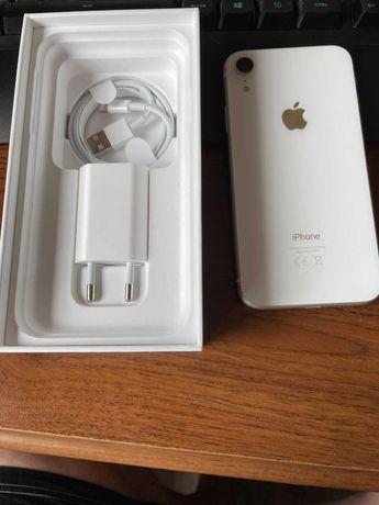 Sprzedam Iphone Xr 128 GB  stan idealny.