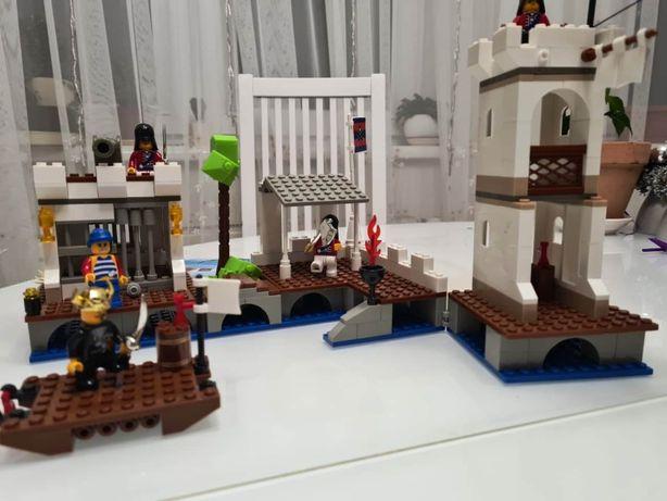 Продам конструктор Пиратская серия Королевская гавань, б/у