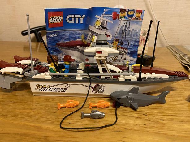 Lego  city original 60147