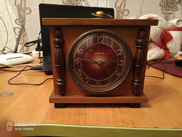 часы стары 80 годов