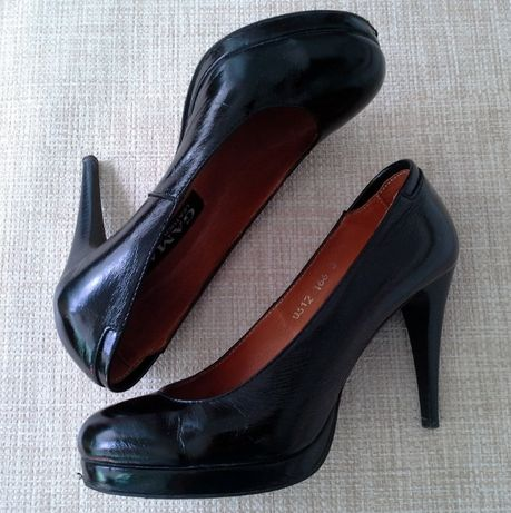 Туфли на шпильке лак Gama (Днепр) б/у, разм.38