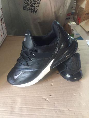 Продам маленький бизнес продажа кроссовок Nike