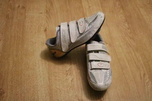 Vendo sapatos de ciclismo : SIDI cycling shoes