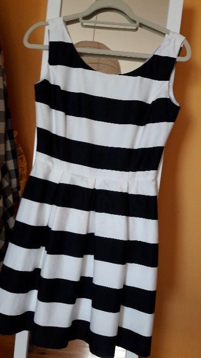 Sukienka Reserved Czempiń - image 1