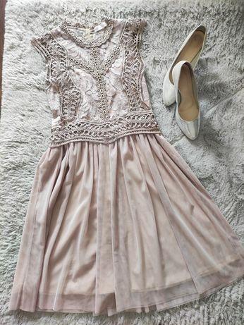 Koronkowa sukienka Cocomore Lisa Mayo brudny róż 36 S tiul