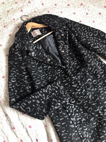 Orsay płaszcz rozmiar 36