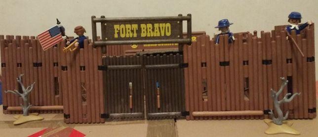Playmobil Fort Bravo, saloon, żołnierze, Indianie, dużo akcesorió