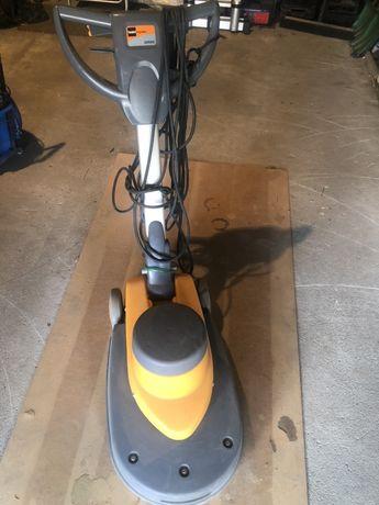 Maszyna czyszcząca Taski Ergodisc Omni