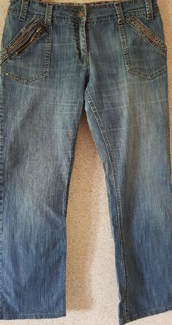F&F spodnie dżinsy damskie uniwersalne proste zdobienia