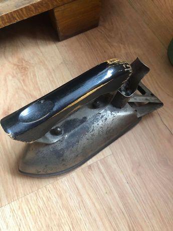 Używane stare żelazko