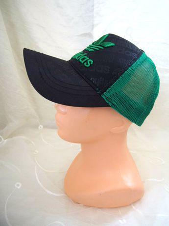 Świetna czapka z daszkiem Adidas truckerka bejsbolówka zielona