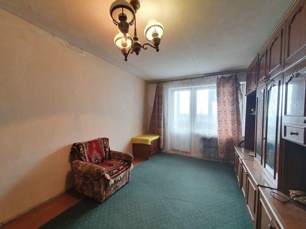 Продам квартиру двухкомнатную 12 Квартал