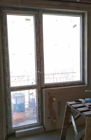 Двері НОВІ балконні пластикові, Двери металопластиковые