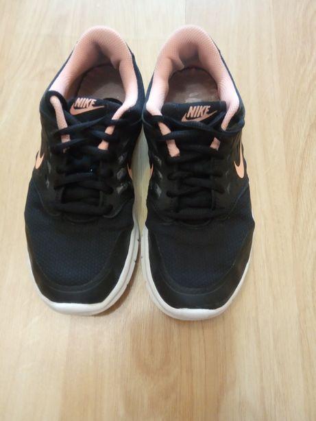 Кроссовки Nike, р. 37.5 Кроссовки   АFT, размер 36