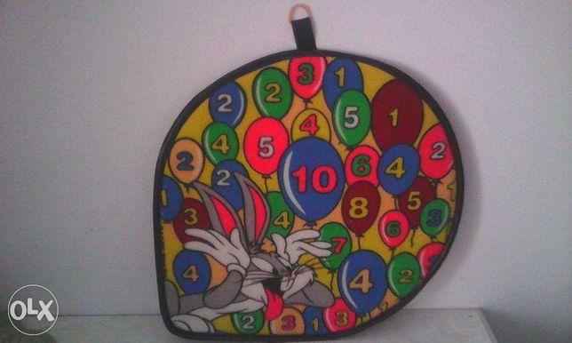 tablica wisząca z cyferkami dla dzieci
