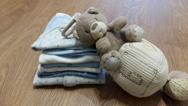 Набор одежды для малыша 0-3 мес + музыкальный мобиль