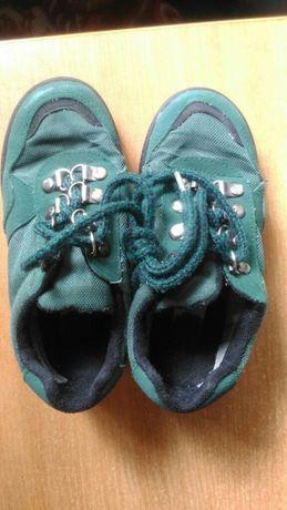 Туфли, кроссовки,