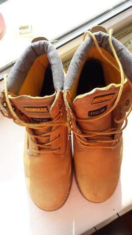 Кожаные ботинки DeWALT.