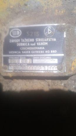 Продам КПП с насосами в зборес un 053 рабочем состоянии с 3 насосами