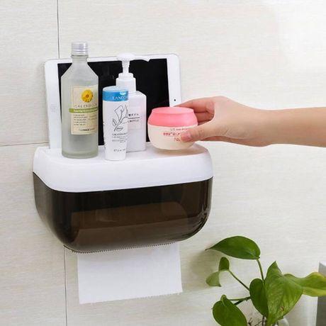 Пластиковый бокс для ванной комнаты