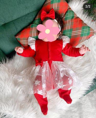 Красный человечек с фатиновой юбкой на девочку + ободок с бантиком.