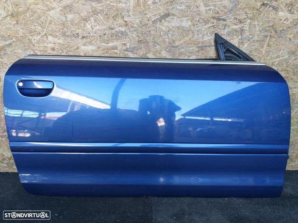 Porta frente direita Audi A4 cabrio ano 2005.