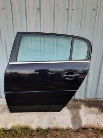 Opel Signum drzwi lewe tyl tylne Z20R