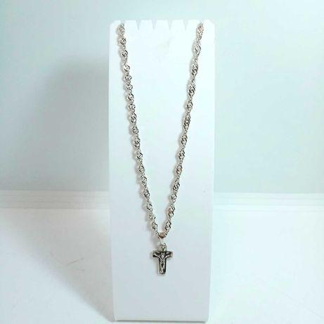 Srebrny łańcuszek z zawieszką krzyż