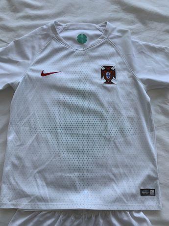 Camisola e calçoes Portugal