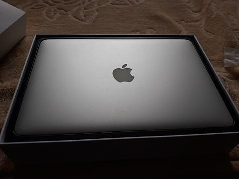 "MacBook Pro 13"" Early 2015 16GB i5 512GB"
