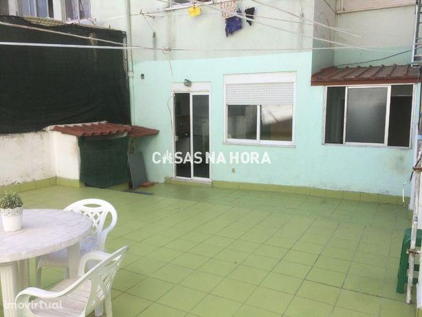 Apartamento  T1 c/Terraço Falagueira  Venda Nova, Amadora
