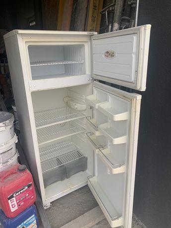Холодильник Минск  б/у