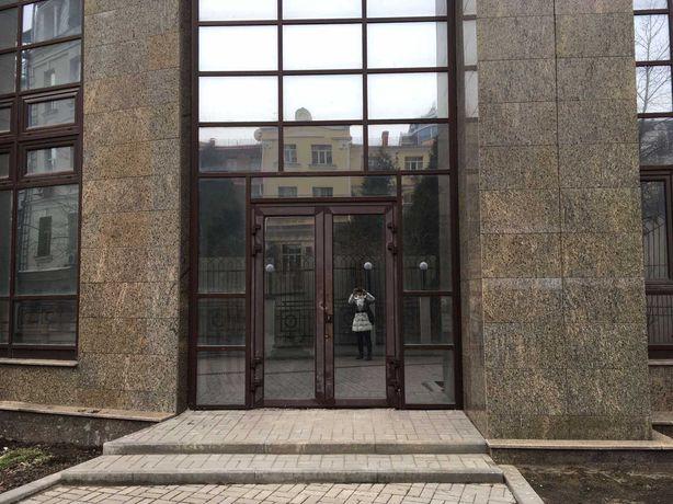 Без % 685 кв.м. в 2 уровня 2 входа этажа ул. Б. Хмельницкого 58а