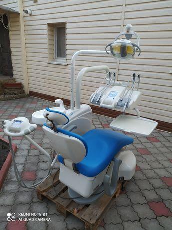 Стоматологическая установка. Стоматологічна установка.