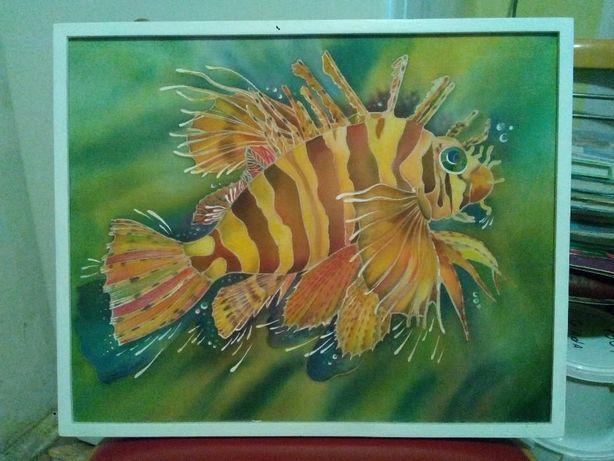 Продам картину экзотической рыбки на холсте крепдешин