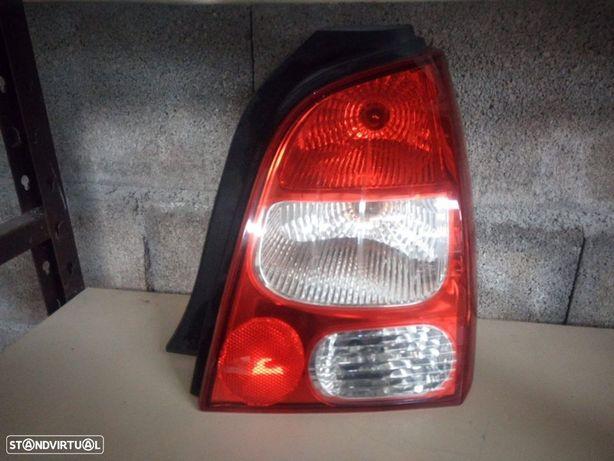 Farolim Trás Direito Renault Twingo II