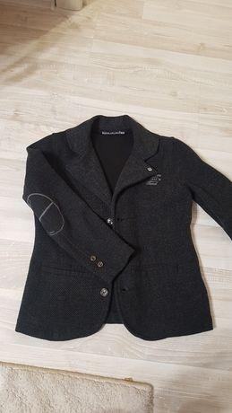 Пиджак на мальчика 7лет