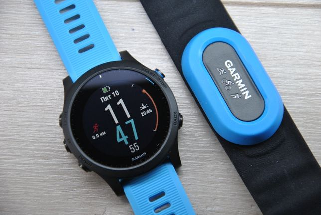 Часы спортивные Garmin Forerunner 945 с HRM Tri