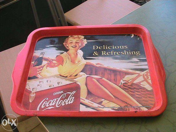 vintage tabuleiro em ferro coca cola + lata coca cola colecionadores