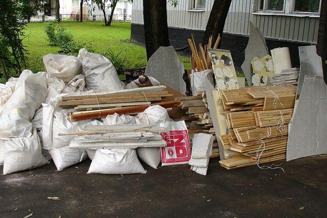 вывоз мусора строительного ( в мешках) и бытового
