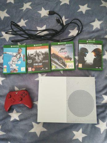 Xbox one s z 4 grami