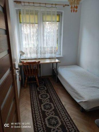 Pokój w mieszkaniu 3 pokojowym ul. Na Błonie