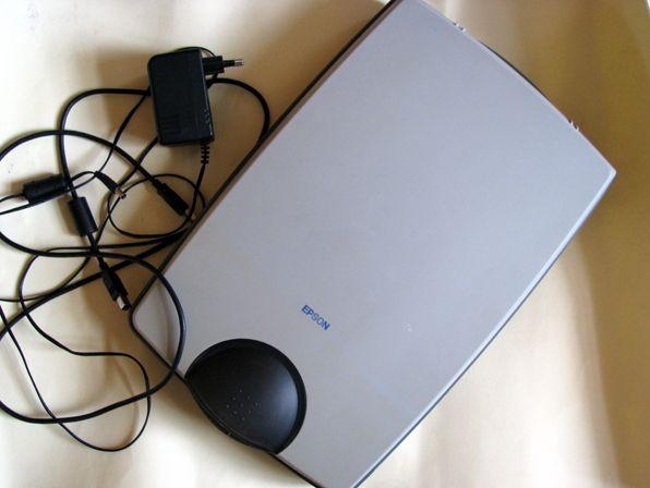 Планшетный сканер Epson Perfection 660 в отличном рабочем состоянии