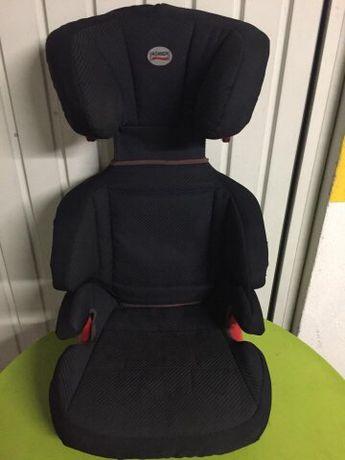 Cadeira de criança para carro. 2 iguais 70€ cada uma