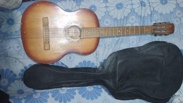 Гитара трембита отдам бесплатно или поменяю на что-то