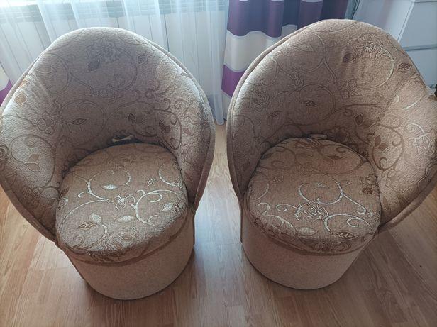 Fotele/pufy ze schowkiem